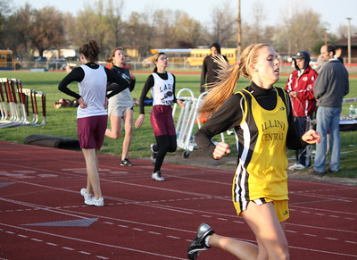 HHS-Track-4-21-2009-TimOest_1131
