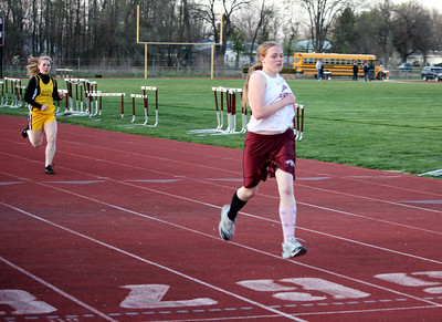 HHS-Track-4-21-2009-TimOest_1168