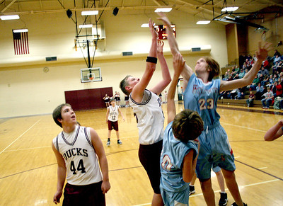 HJHS-BBall-1-12-2009_8859
