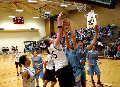 HJHS-BBall-1-12-2009_8908