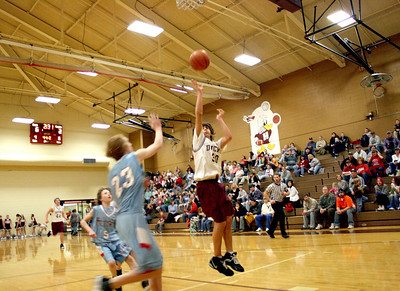 HJHS-BBall-1-12-2009_8849