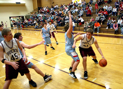 HJHS-BBall-1-12-2009_8836