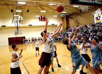 HJHS-BBall-1-12-2009_8909