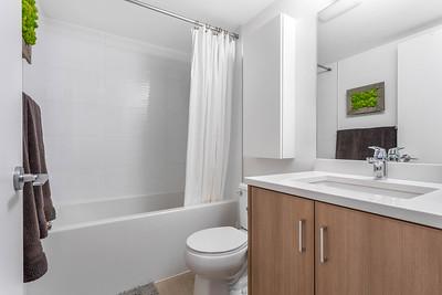 B64 Bath 2