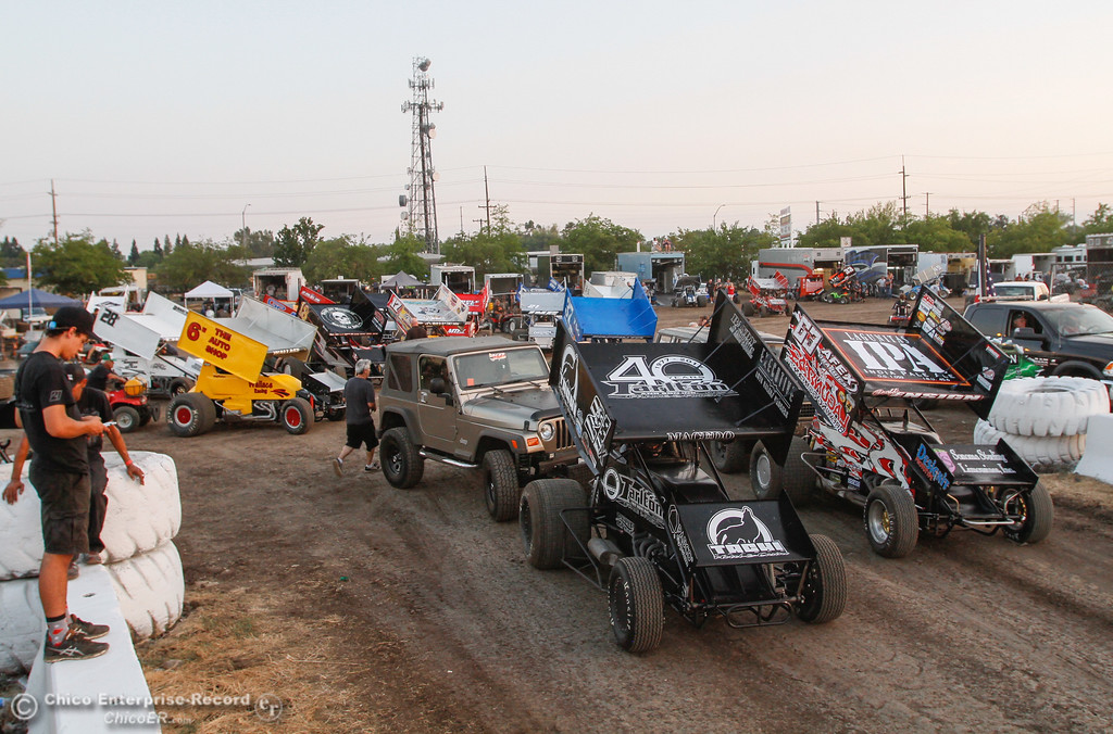 . The 360 Sprints line up for the qualifying races on day one of the 64th annual Gold Cup Race of Champions featuring the Civil War Series Wednesday September 6, 2017 at the Silver Dollar Speedway in Chico, California. (Emily Bertolino -- Enterprise-Record)
