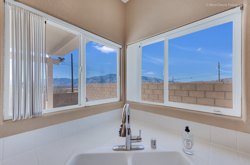 67325 Desert View-15