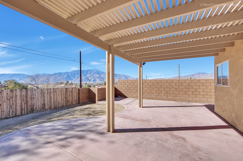 67325 Desert View-17