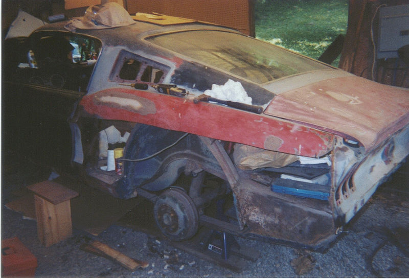 Driver's Side Qtr Panel Cut Away1, Summer 2000