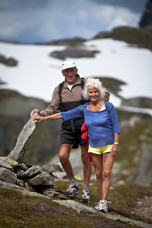 I love this picture. Not for its quality, but because it shows that life does not stop when we get old. <br /> This couple was full of life. When you're on 1000m+ above sealevel and you are 80 years old. You got all the reason to smile;-)