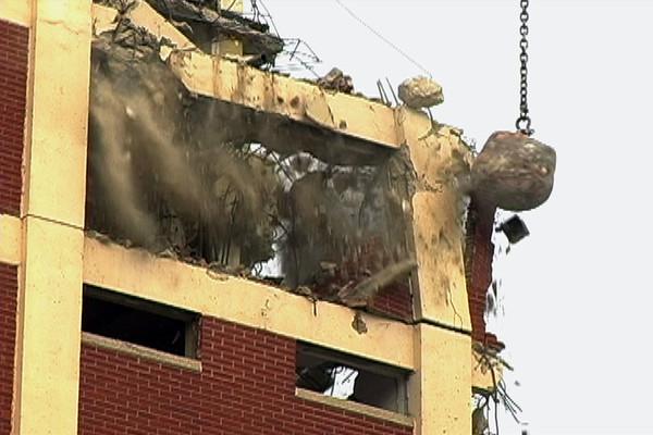 Cabrini building demolition. (Photo: MJ Rizk)