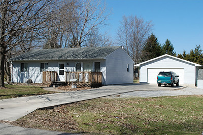 2009-03-19 Loretta's House for Sale