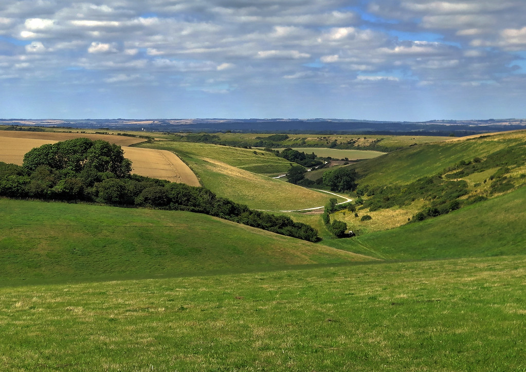 The return to East Chaldon takes us back inland along this lovely winding valley