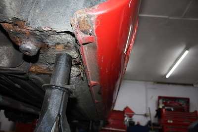 Rust in rear jacking point area