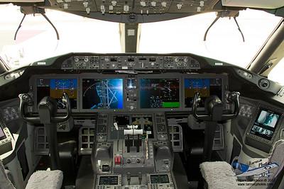 Boeing7878000N787BX_13
