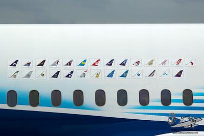 Boeing7878000N787BX_7