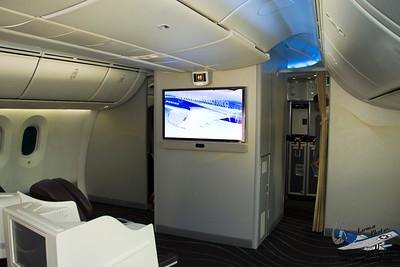 Boeing7878000N787BX_14