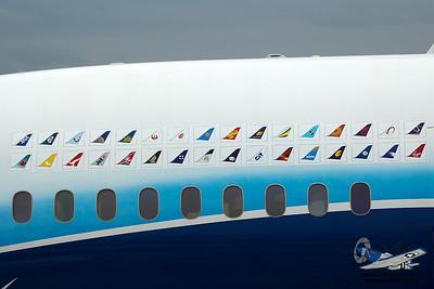 Boeing7878000N787BX_8
