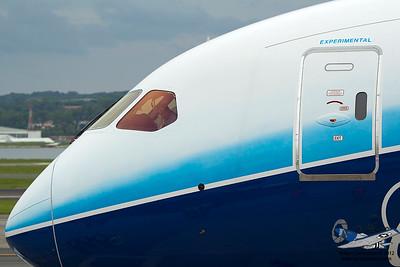 Boeing7878000N787BX_6