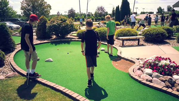 The most awesomest awesome day of the awesome summer! Mini-golf, pizza, insta-scaveger-hunt, &  a movie!
