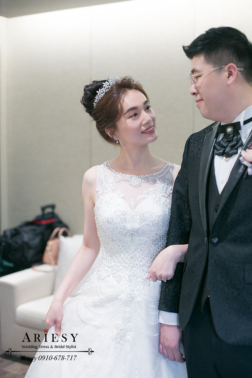 韓風新娘造型,新秘,新娘秘書,台北新秘ARIESY,台北新秘推薦,韓系新娘髮型