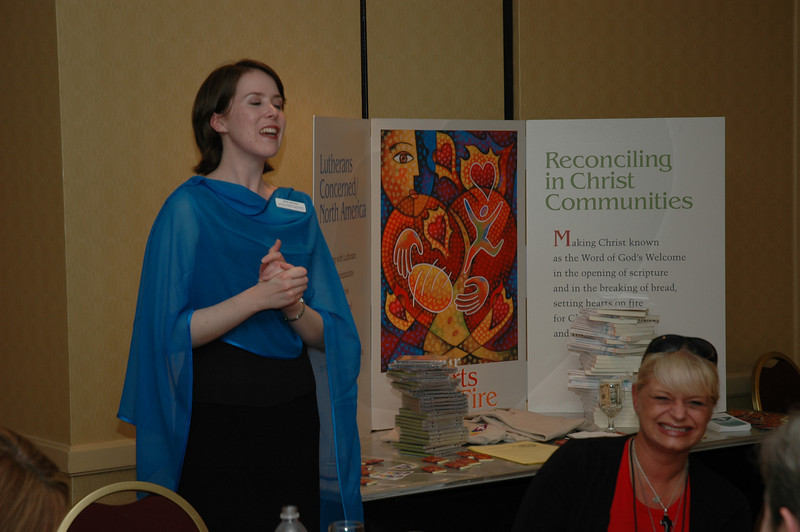 Rose Beeson speaks at the Lutherans Concerned/North America Mix and Mingle.