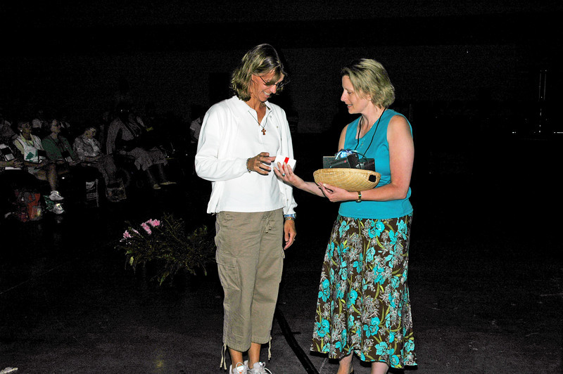 Lisa Nordman is awarded an ipod by Barbara Andrews of the Grace Matters radio ministry.