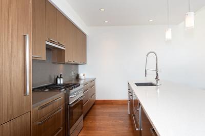 R8 Kitchen 2