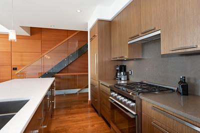 R8 Kitchen 3