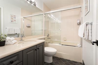 S8 Bath 1