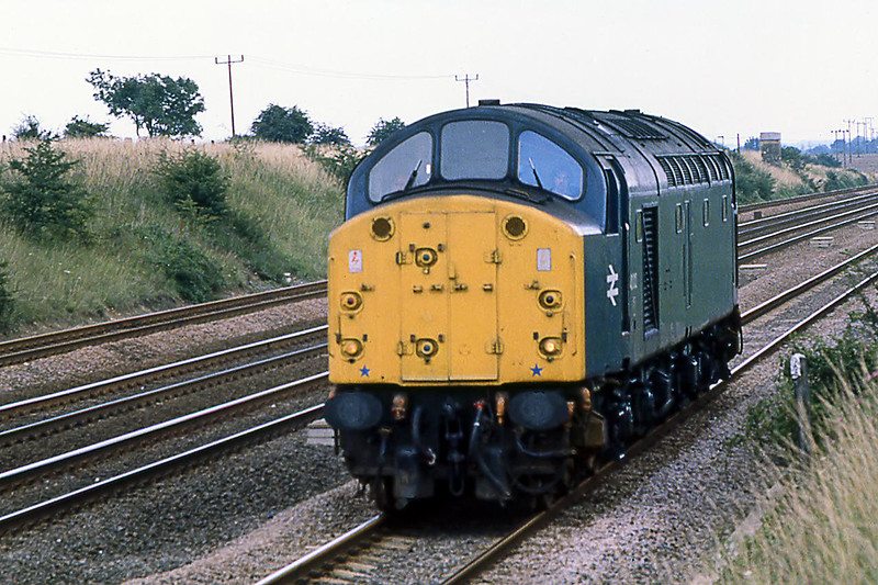 10th Aug 1981:  40012 'Aureol' on the Down Slow at Langford on the Great Northern