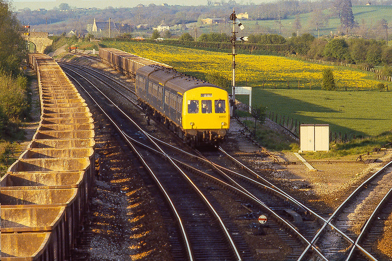 17th Apr 1981:  Arriving at Westbury is B813 with the 17.45 from Bristol Temple Meads to Weymoouth.  The view from here now is surprisingly different in both the  track layout and on the two fields as well.