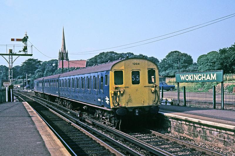 June 1969:  Thumper 1204 enters Wokingham