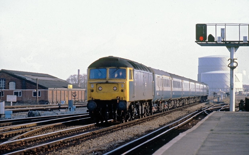 1at Jan 80:  47433 Arrives at Reading with the 11.45 to Weston Super Mare