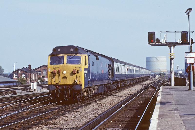 18th Sept '82:  50006 enters Reading on the 14.27 Paddington to Paignton