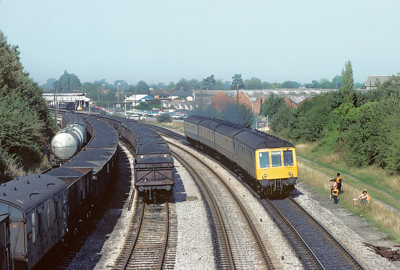 14th Sep 82:  The 13.30 from Banbury leaves Princes Risborough
