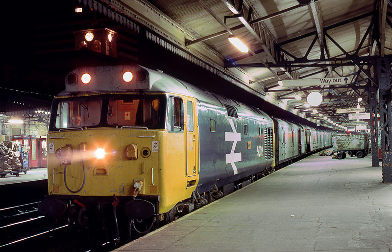 21st Jan 83:  50021 'Rodney' waits in Platform 5 at Reading with an 'UP' mail and parcels service.
