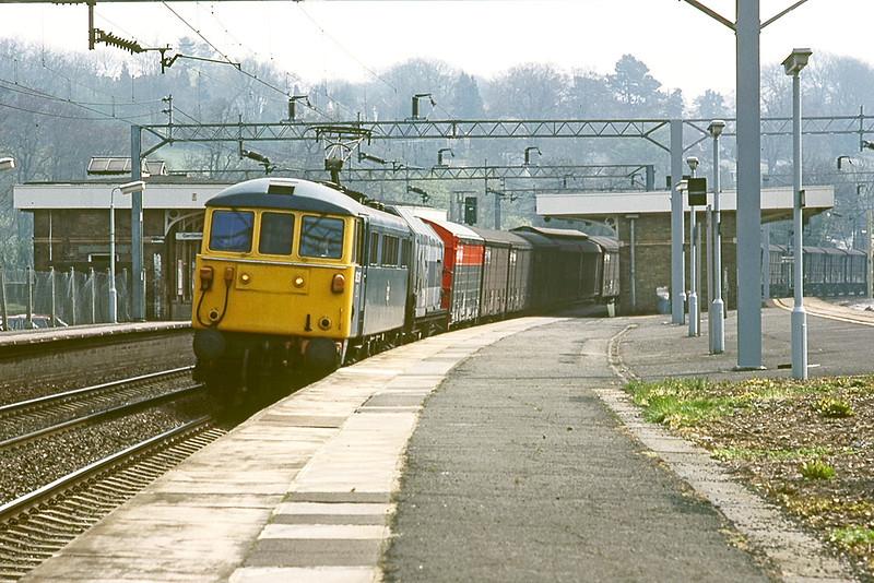27th Apr 83:  86317 with a Speedlink service runs through Berkhamstead on the down slow line