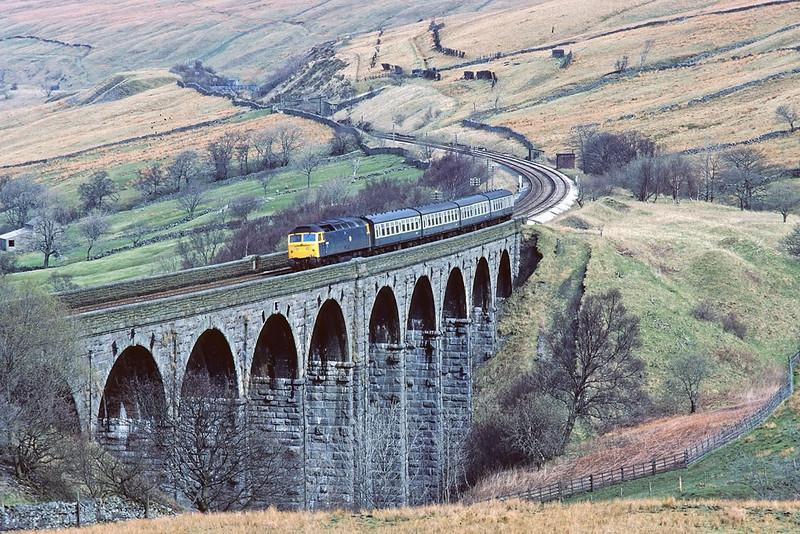 18th Apr '83:  47545 heads the 10.00 Carlisle to Leeds across Dent Head viaduct