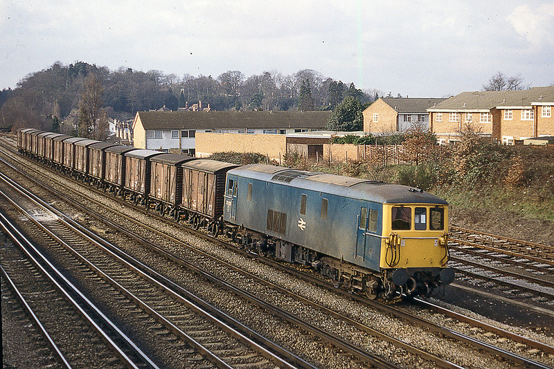 8th Feb 1983:  73125 arriving at Woking with vans from Eastleigh