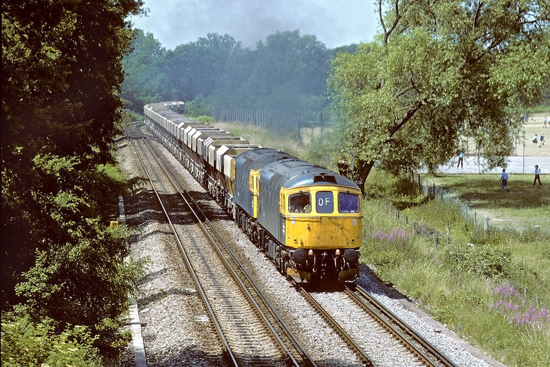 28th Apr 84:  'Commuter super train' 47603 departs with the ECS that formed the 17.33 Paddington to Twyford.