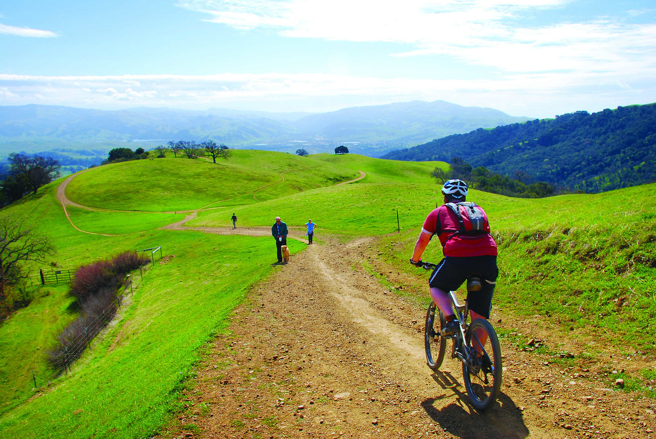 Today: With more than 30 miles of trails, Pleasanton Ridge Regional Park is a paradise for hikers, equestrians and mountain bikers.