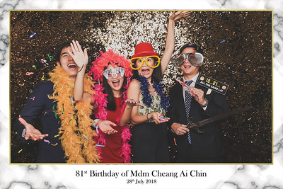 81st Birthday of Mdm Cheang Ai Chin | © SRSLYPhotobooth.sg