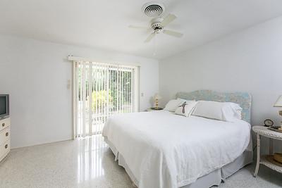 825 Iris Lane - Central Beach-289-Edit