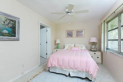 825 Iris Lane - Central Beach-313