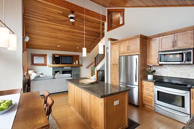 8255 Kitchen Living 2