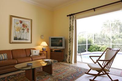 8985 Palm Breeze Terrace 04