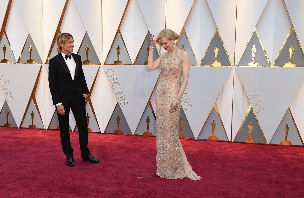 . Keith Urban, left, and Nicole Kidman arrive at the Oscars on Sunday, Feb. 26, 2017, at the Dolby Theatre in Los Angeles. (Photo by Jordan Strauss/Invision/AP)