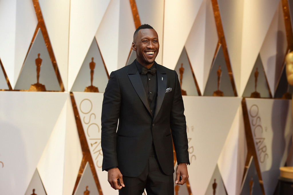 . Mahershala Ali arrives at the Oscars on Sunday, Feb. 26, 2017, at the Dolby Theatre in Los Angeles. (Photo by Jordan Strauss/Invision/AP)