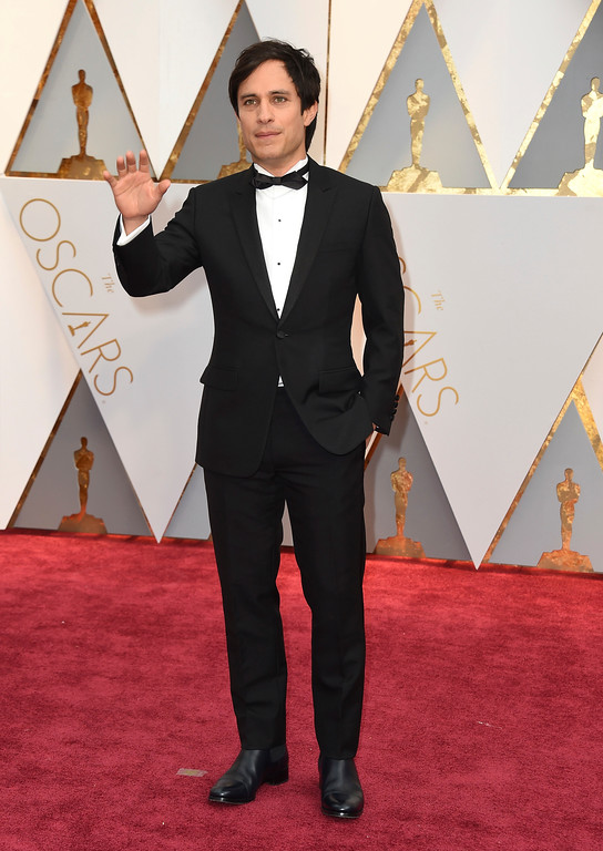 . Gael García Bernal arrives at the Oscars on Sunday, Feb. 26, 2017, at the Dolby Theatre in Los Angeles. (Photo by Jordan Strauss/Invision/AP)