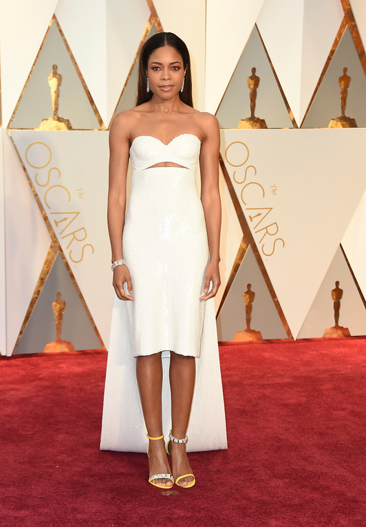 . Naomie Harris arrives at the Oscars on Sunday, Feb. 26, 2017, at the Dolby Theatre in Los Angeles. (Photo by Jordan Strauss/Invision/AP)